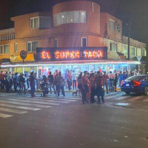 El super Taco mx cola